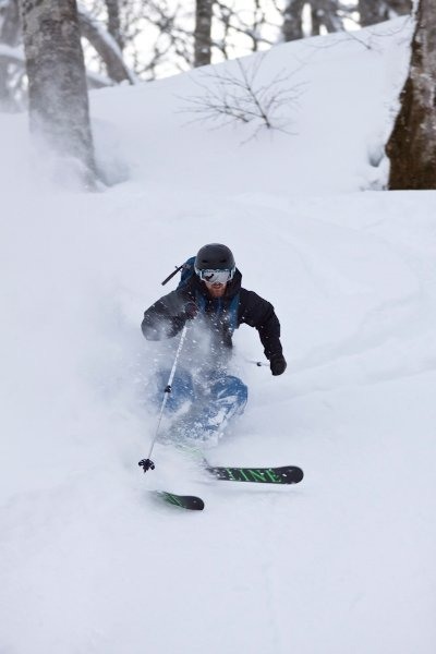 Tom Mitten killing the powder