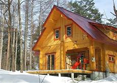 Hakuba Bamboo Creek Log Cottage