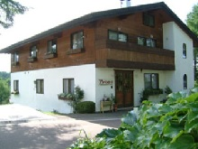 pension alpenrose madarao