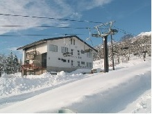 myoko ski-in-ski-out-akakura